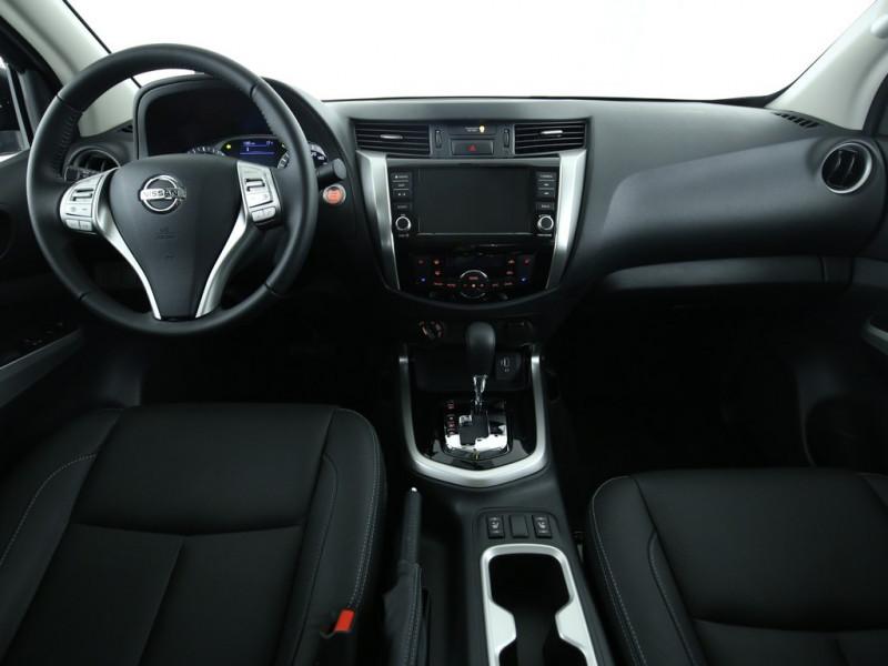 Nissan Navara - image 4