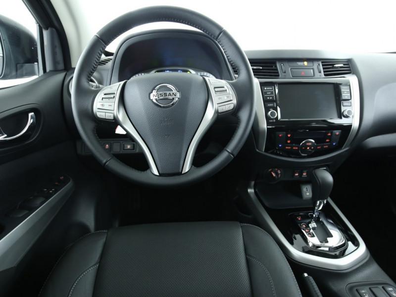 Nissan Navara - image 5