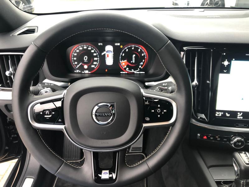 Volvo S60 - image 9