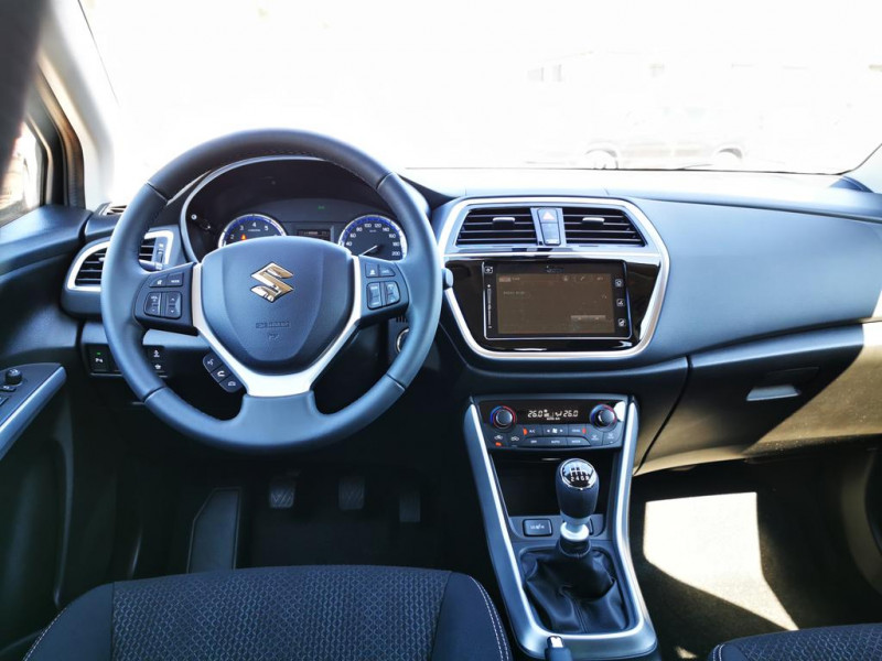 Suzuki SX4 - image 6