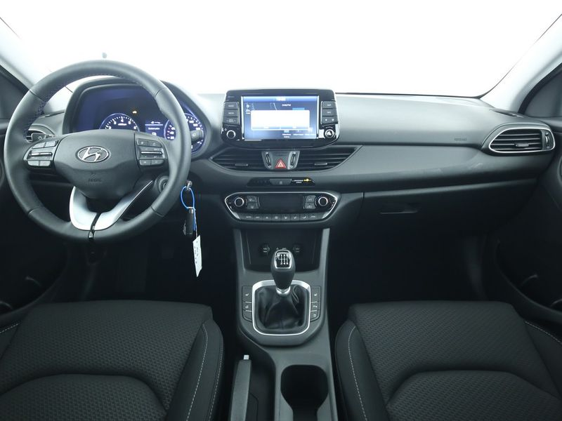 Hyundai i30 - image 5