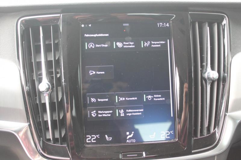 Volvo S90 - image 11