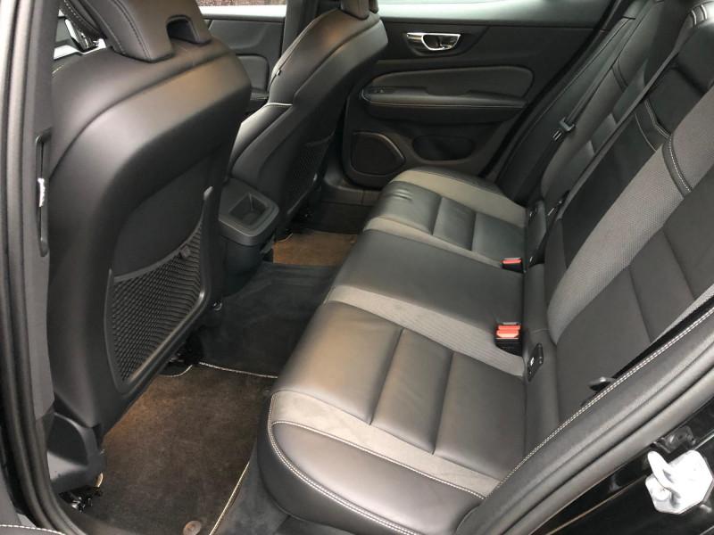 Volvo S60 - image 7