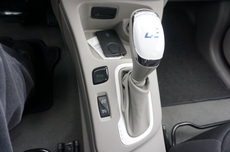 Renault Zoe - image 9