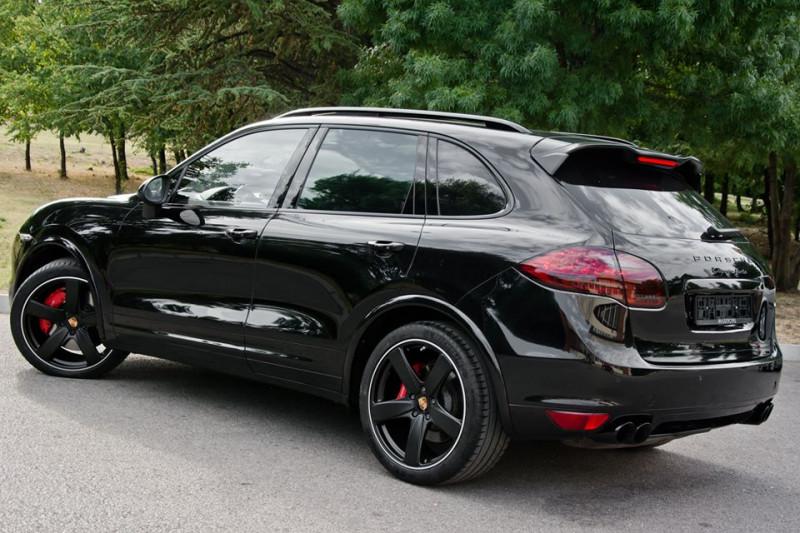 Porsche Cayenne - image 4