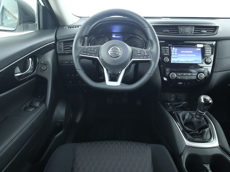 Nissan X-Trail - image 9
