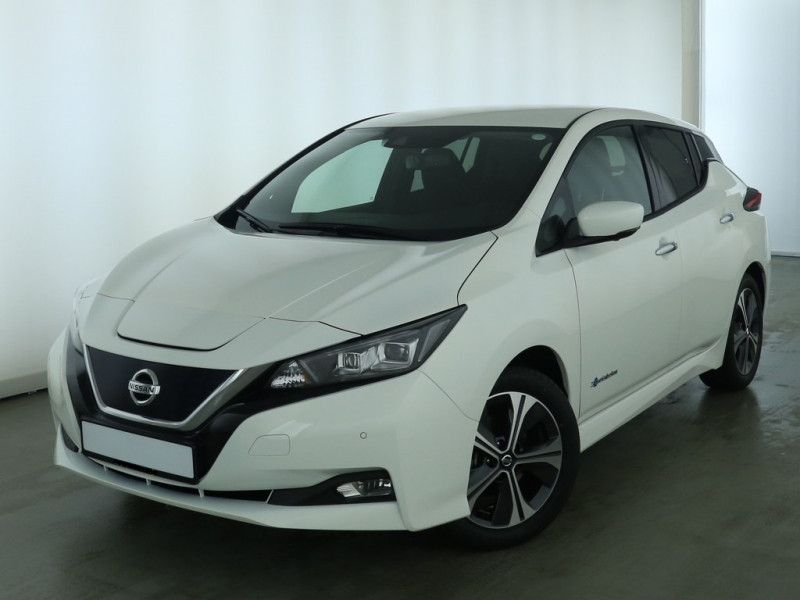 Nissan Leaf - image 2