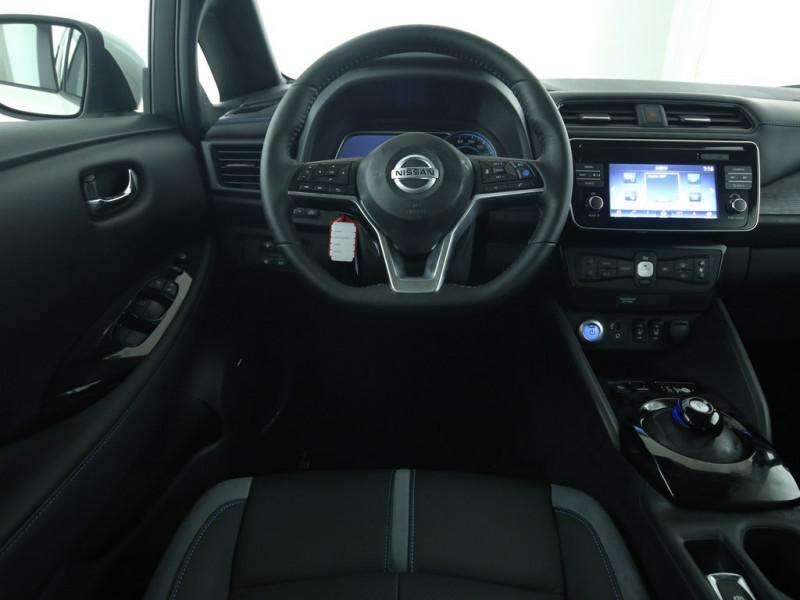 Nissan Leaf - image 9
