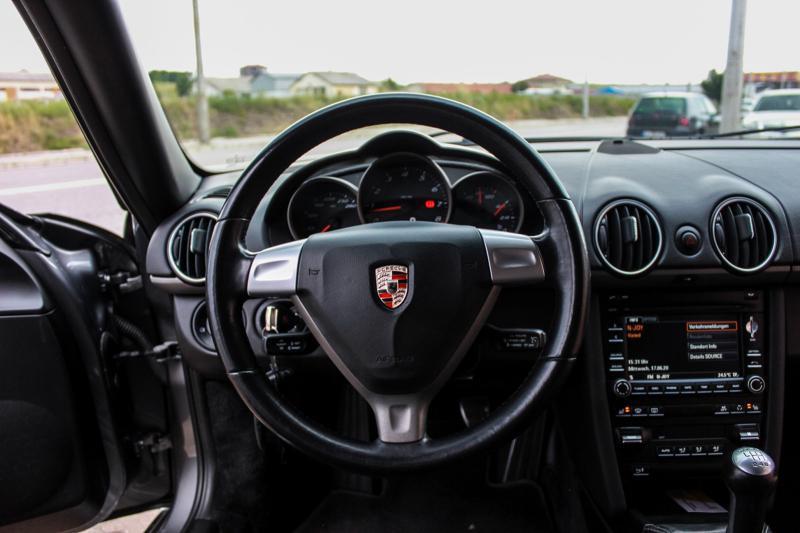 Porsche Cayman - image 13