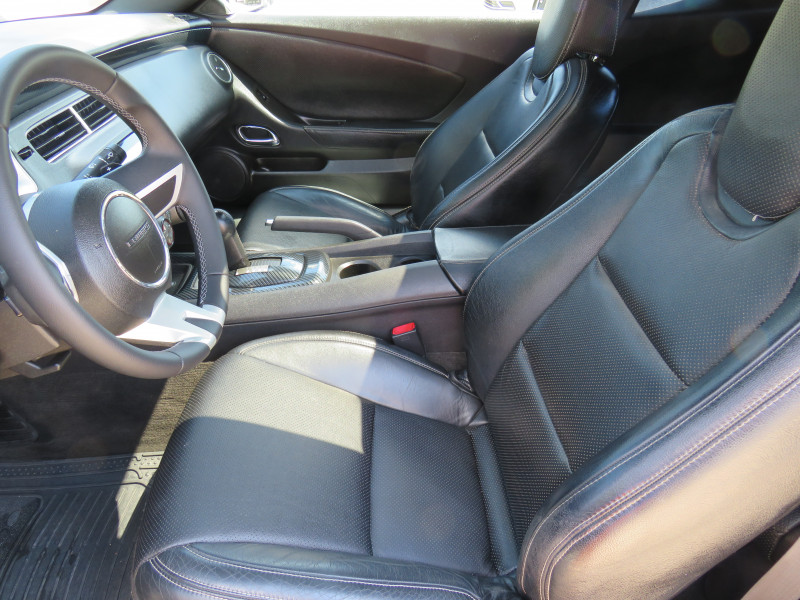 Chevrolet Camaro - image 11