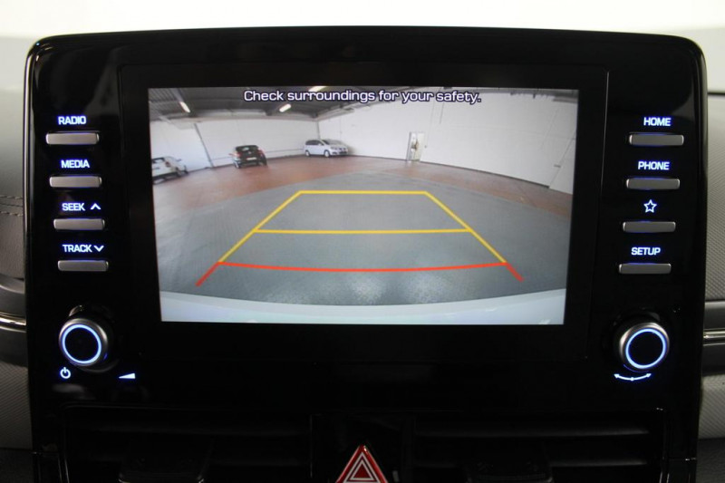 Hyundai Ioniq - image 12