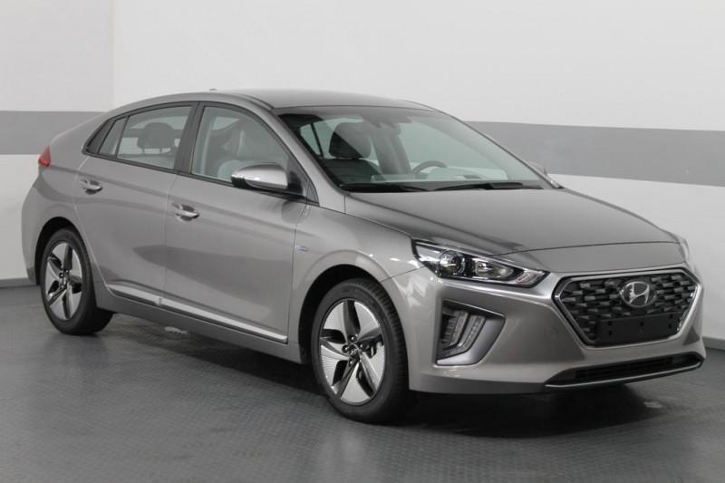 Hyundai Ioniq - image 2