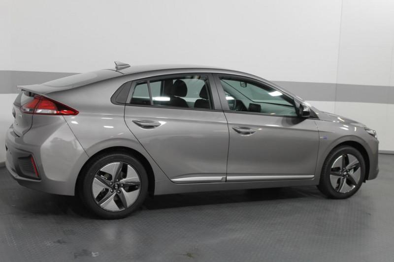 Hyundai Ioniq - image 3