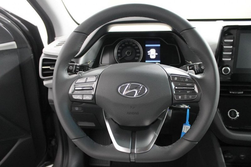 Hyundai Ioniq - image 9