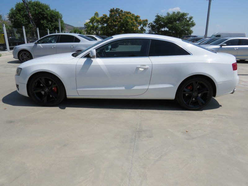 Audi A5 - image 8