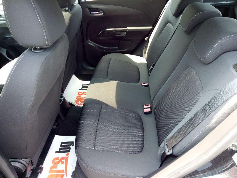 Chevrolet Aveo - image 13