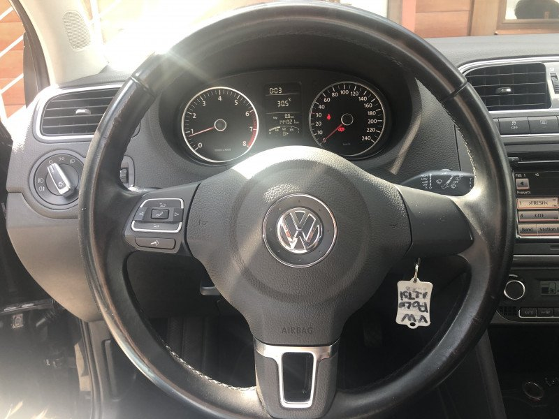 VW Polo - image 10