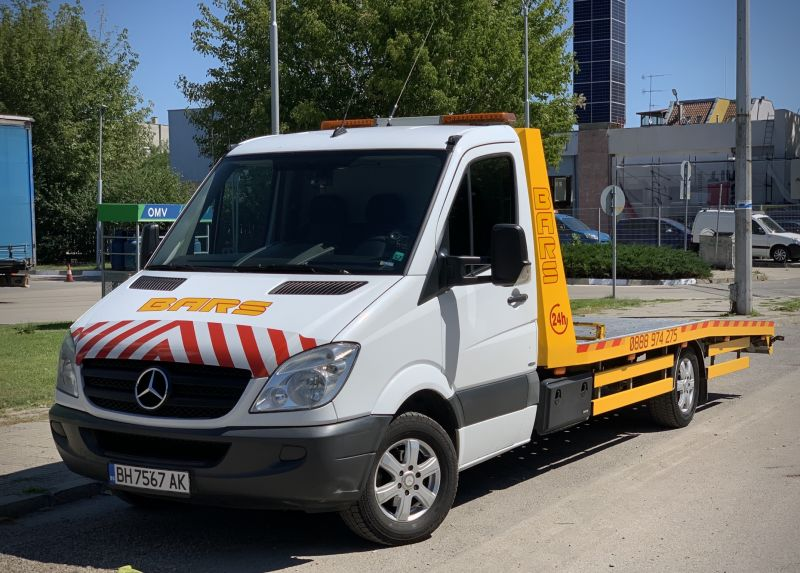 3- Mercedes-Benz Sprinter 316