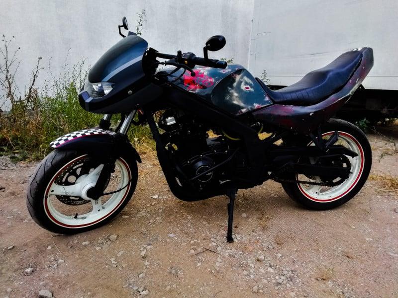 1- Suzuki Gs