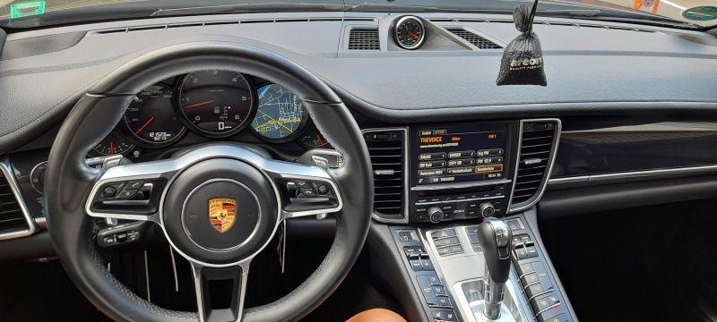 Porsche Panamera - image 6