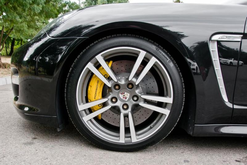 Porsche Panamera - image 14