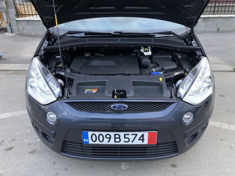 Ford S-Max - image 6