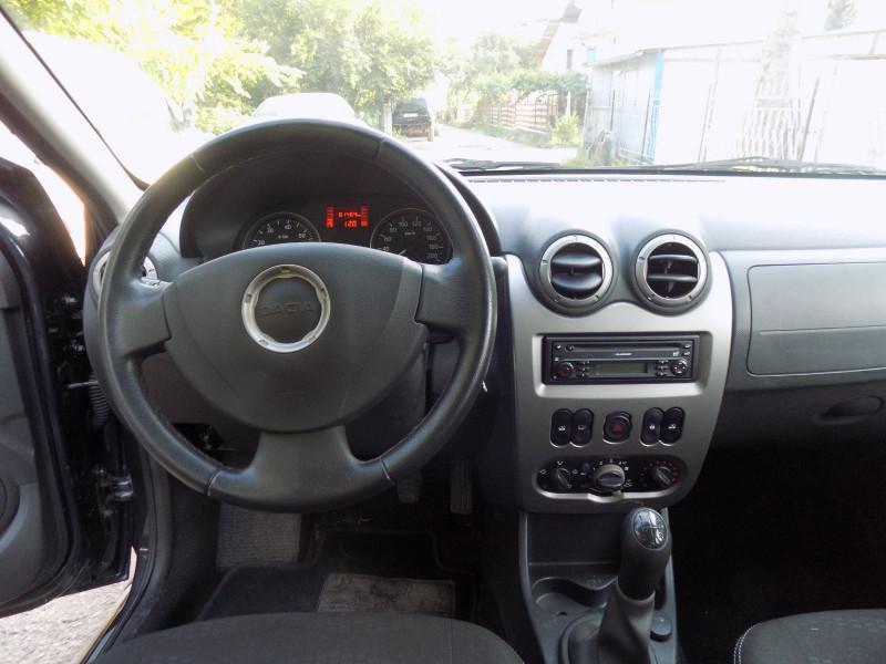 Dacia Sandero - image 2