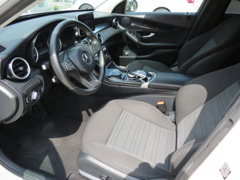 Mercedes-Benz C 250 - image 9