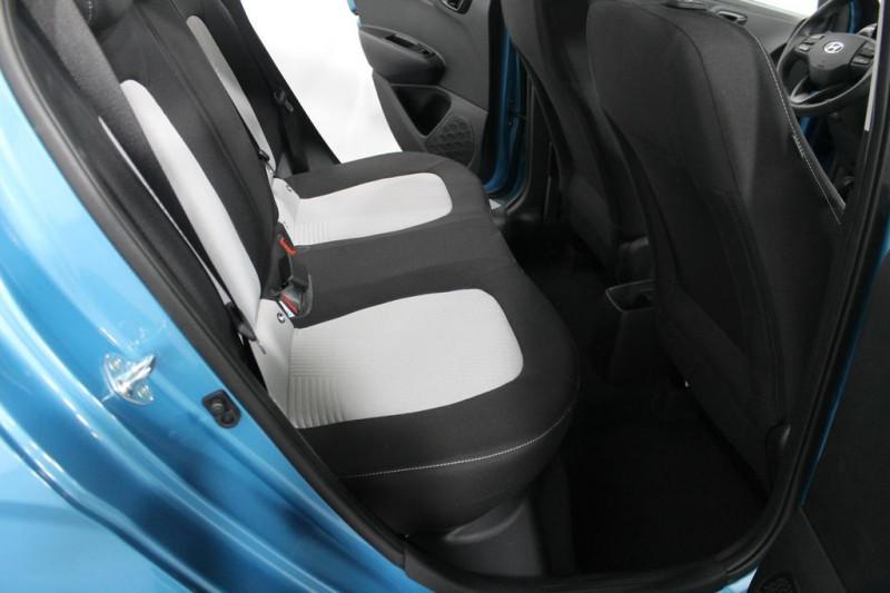 Hyundai i10 - image 8