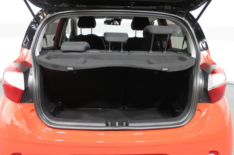 Hyundai i10 - image 5