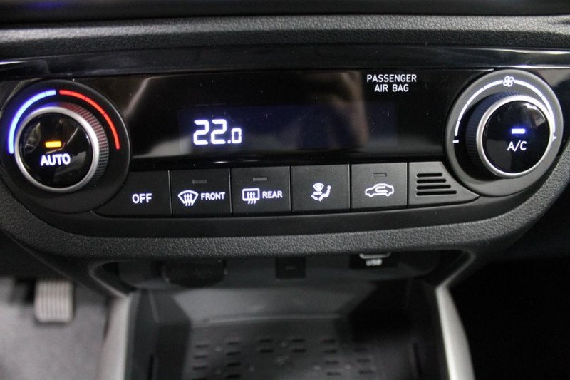 Hyundai i10 - image 10