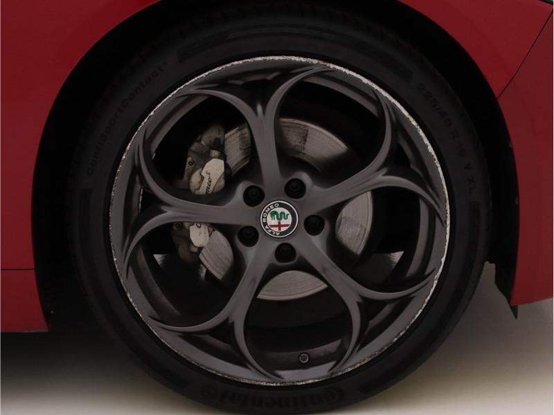 Alfa Romeo Giulia - image 6