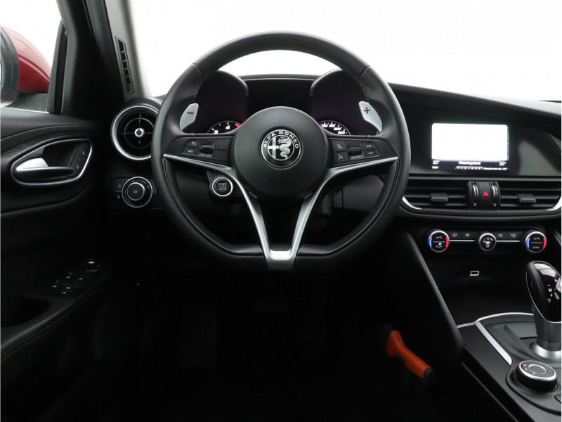 Alfa Romeo Giulia - image 10