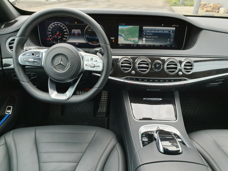 Mercedes-Benz S 350 - image 11