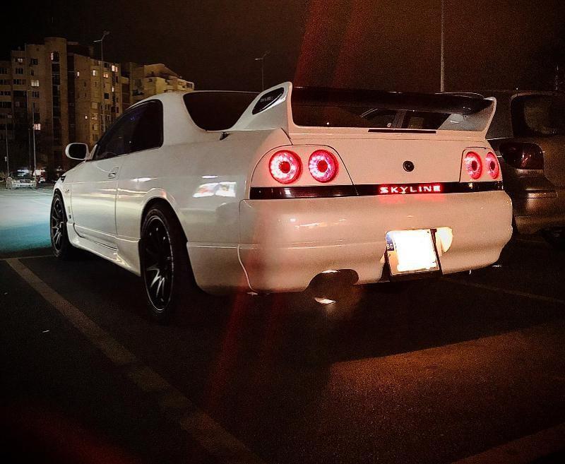 Nissan Skyline - image 3