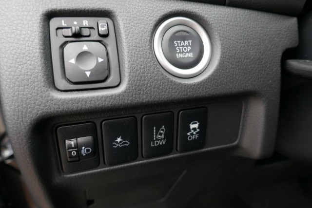 Mitsubishi L200 - image 13
