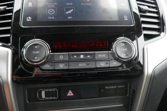 Mitsubishi L200 - image 10