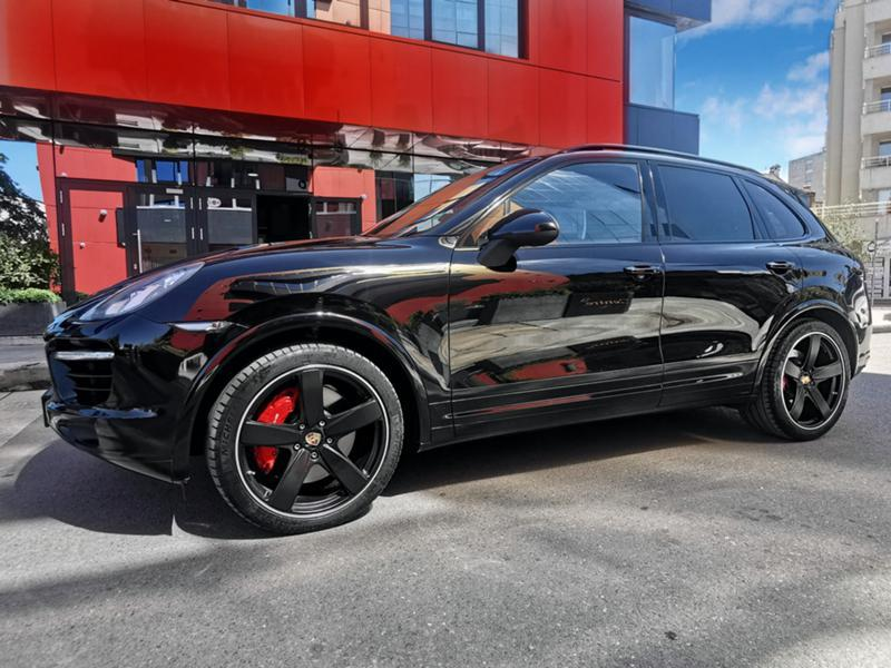 Porsche Cayenne - image 7