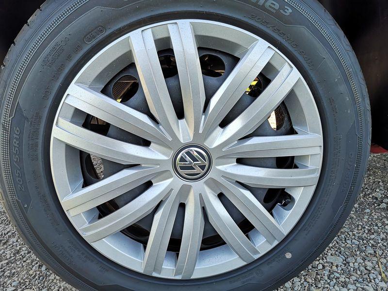 VW Caddy - image 5