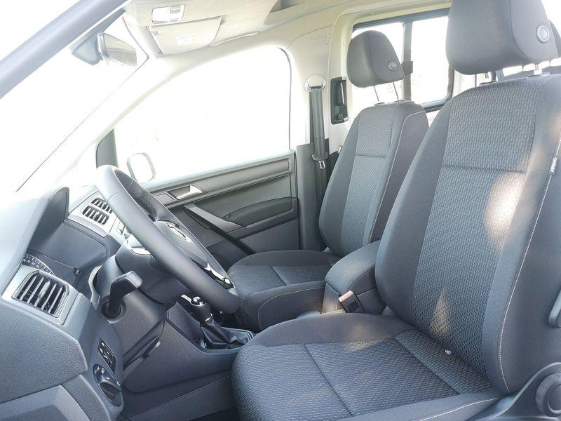 VW Caddy - image 7
