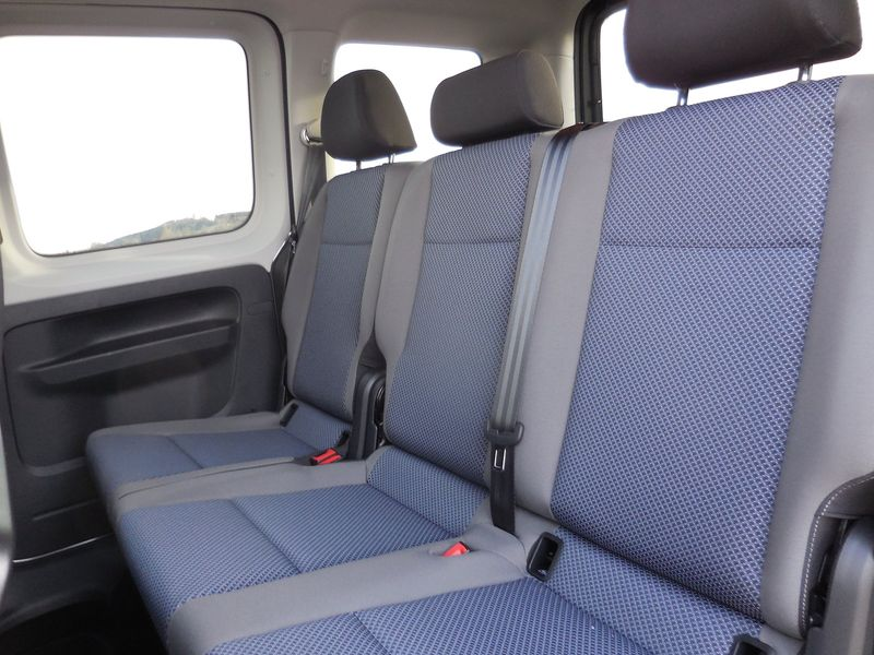 VW Caddy - image 8