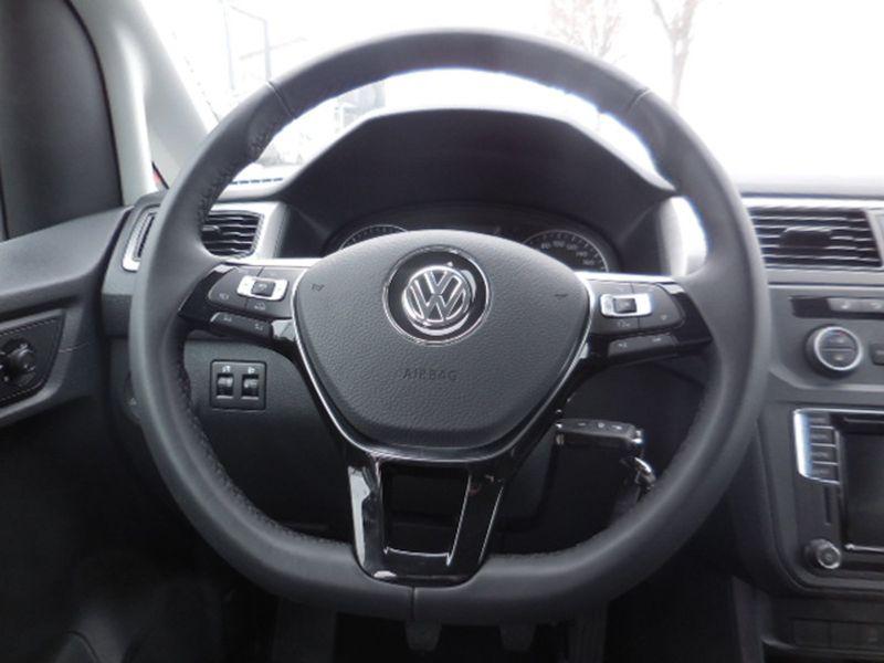 VW Caddy - image 9