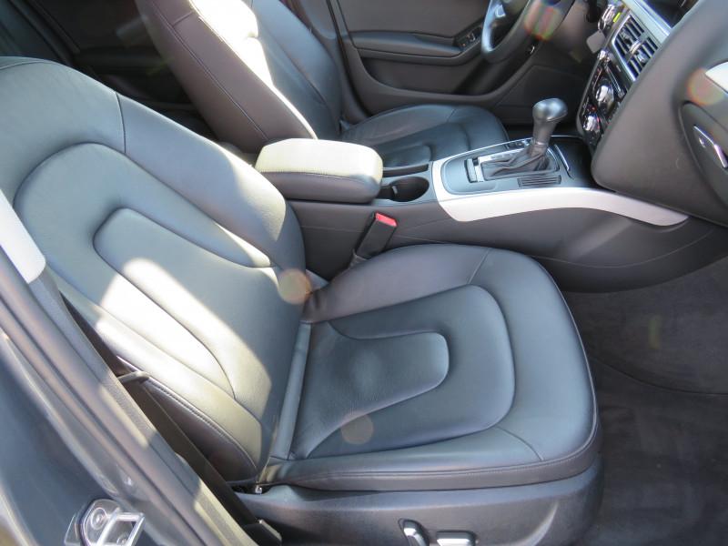 Audi A4 - image 11