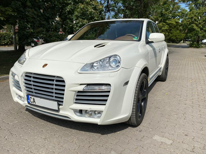 Porsche Cayenne - image 1