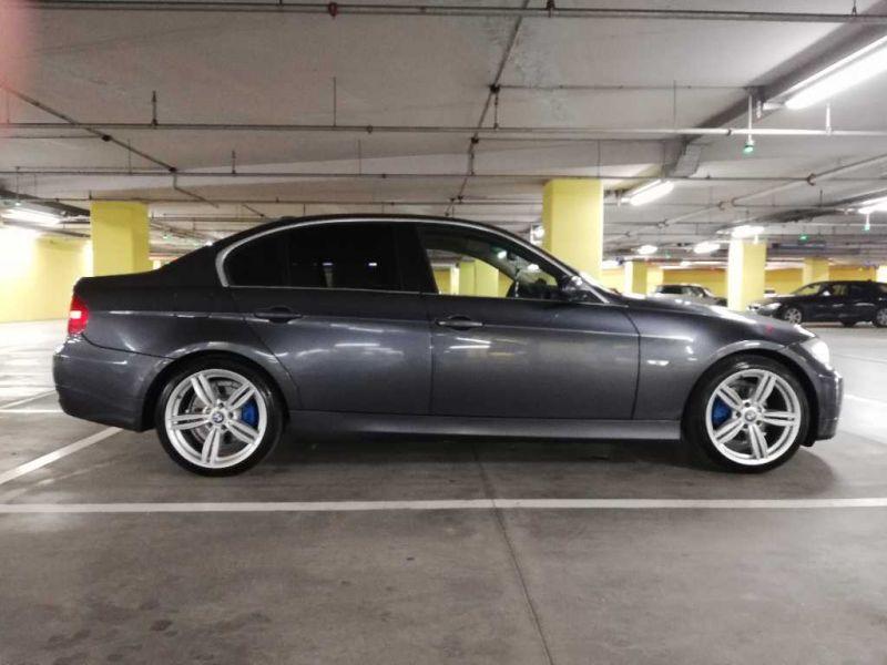 BMW 325 - image 5