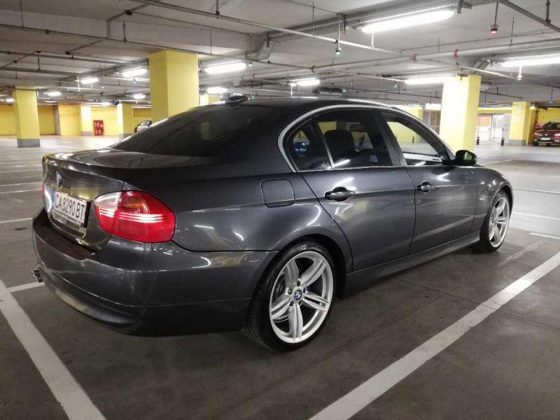 BMW 325 - image 6