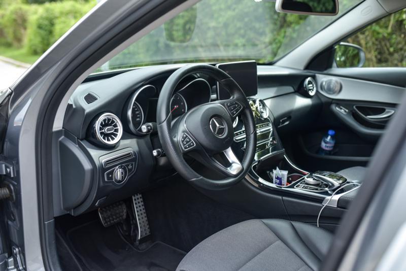 Mercedes-Benz C 220 - image 6