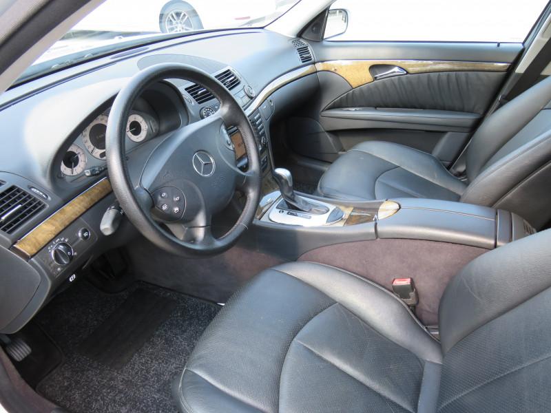 Mercedes-Benz Е 320 - image 9