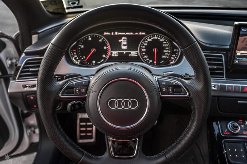 Audi A8 - image 11