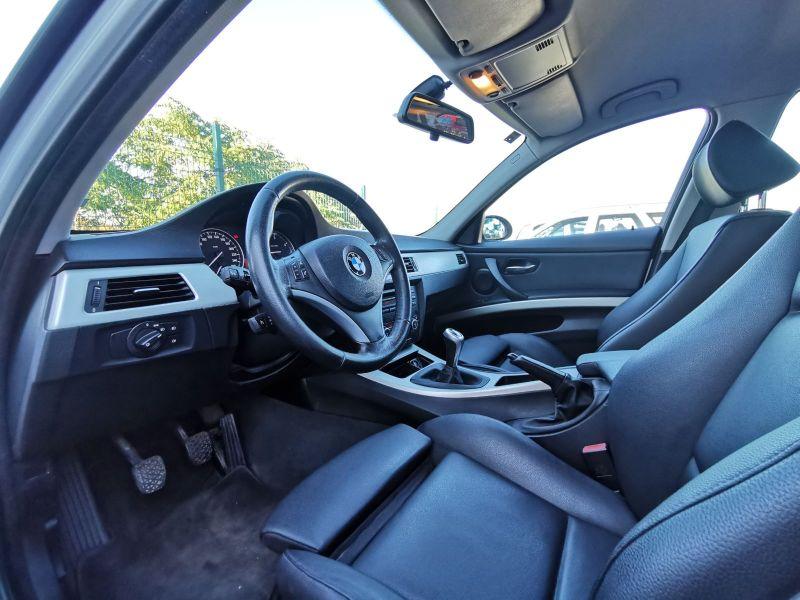 BMW 320 - image 5